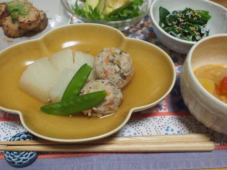 大根と肉団子の煮物