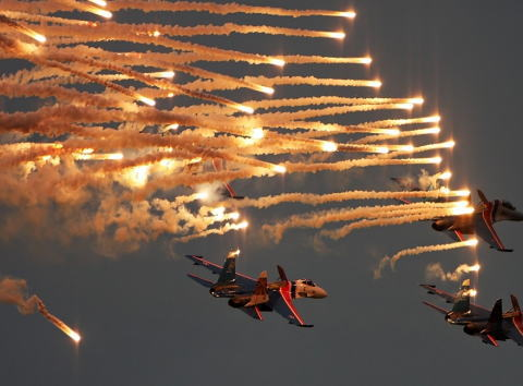 「空自機が妨害弾発射」=宮古沖で接近、日本側に抗議-中国国防省