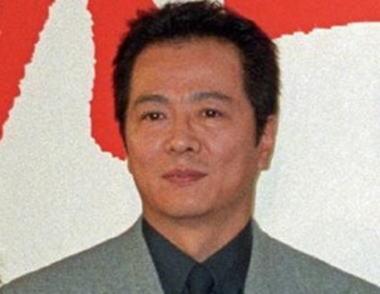 根津甚八 訃報 鬱病 交通事故 俳優引退