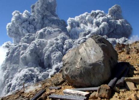 御嶽山 噴火 提訴 噴火予知 長野地裁 松本支部