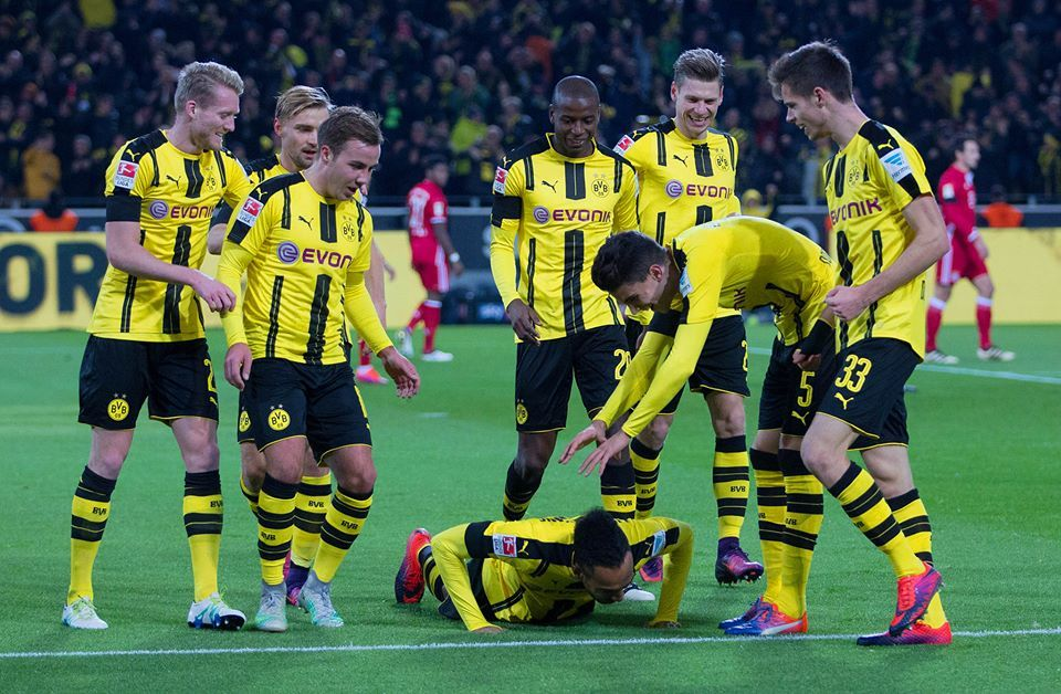 THATS IT! Borussia Dortmund beat FC Bayern Munich!1-0