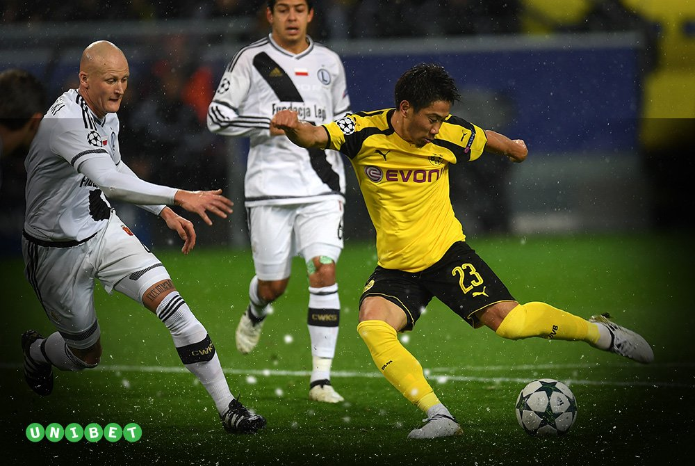 Kagawa scores a brace in just 7️⃣6️⃣ seconds the fastest EVER in #UCL 🏆 history