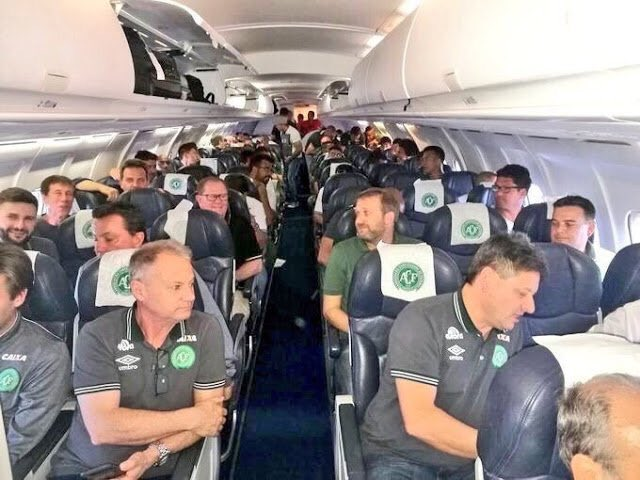 Last picture before the crash, on their way to the Copa final