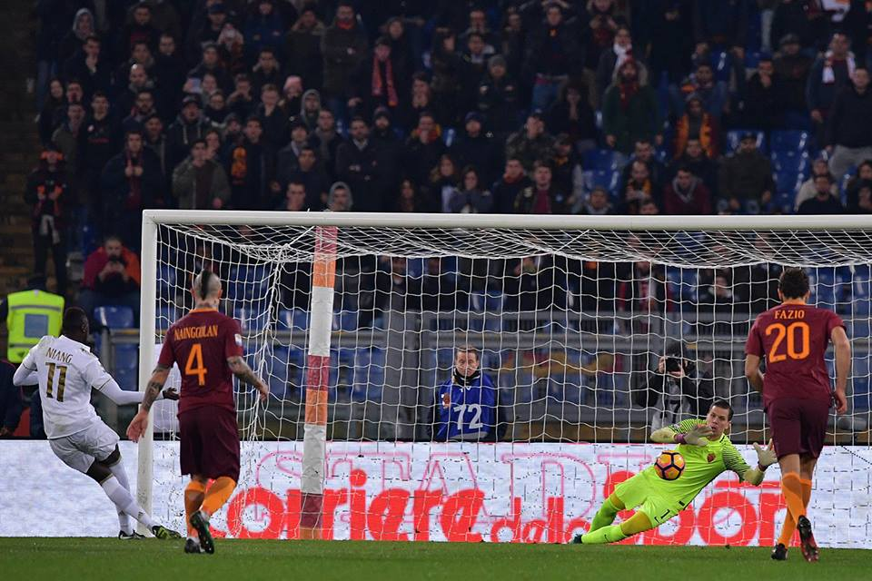 Niang penalty miss against roma