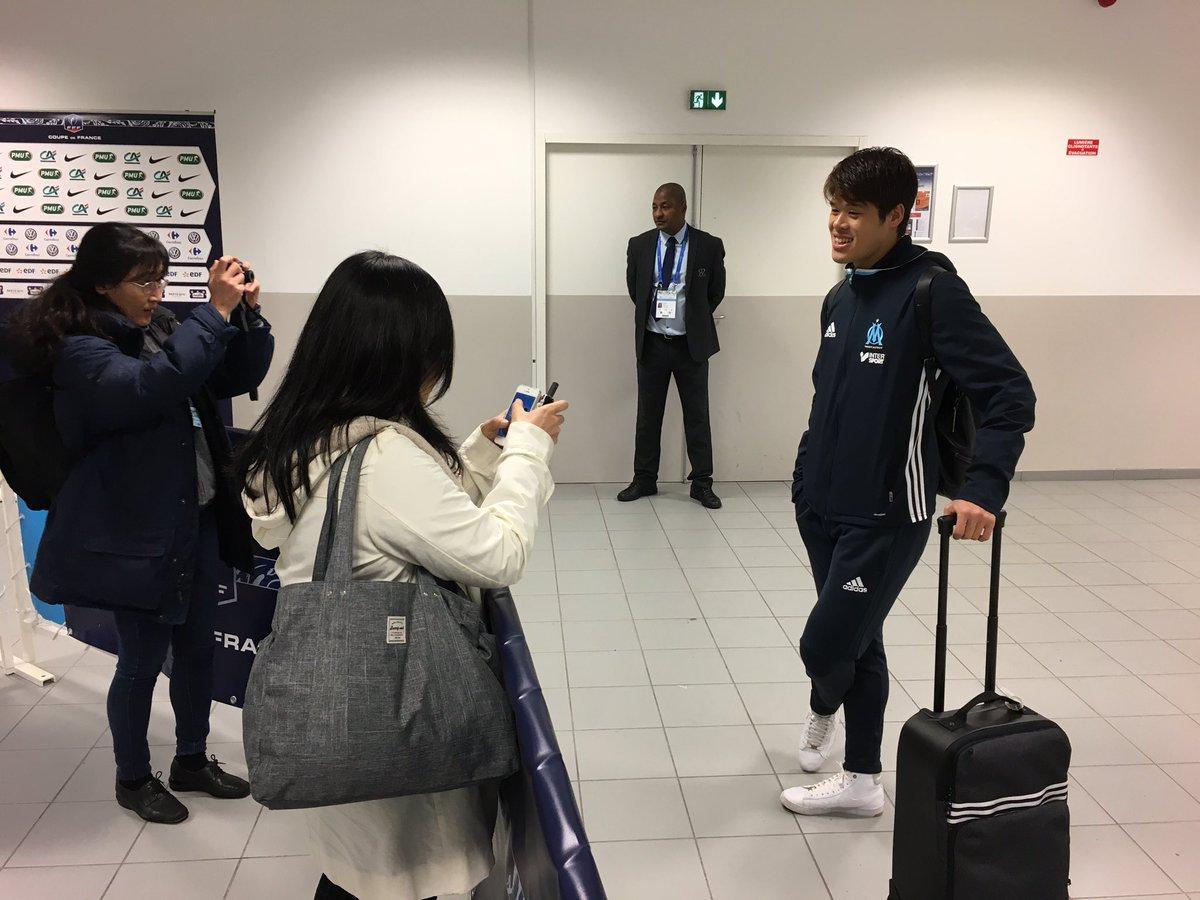 Ce soir, deux journalistes japonaises pour linterview daprès-match de @hi04ro30ki