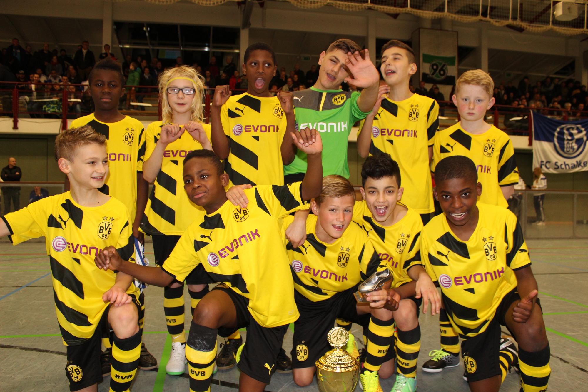 Sieger-beim-U11-Sparkassen-Cup-2015-Borussia-Dortmund_20170123105410aa1.jpg