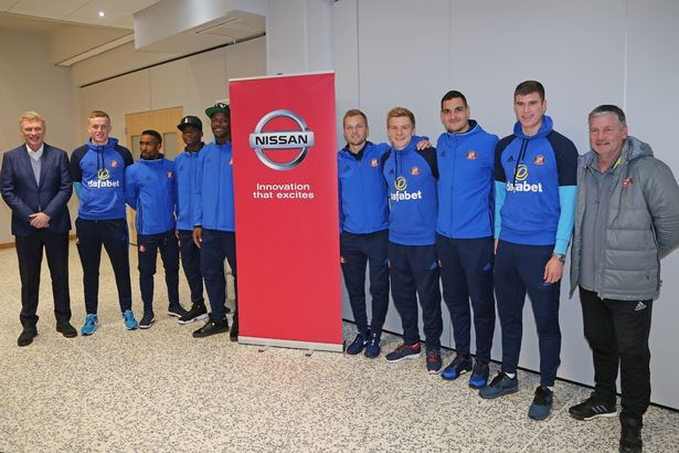 Sunderland-Players-Visit-the-Local-Nissan-Plant.jpg