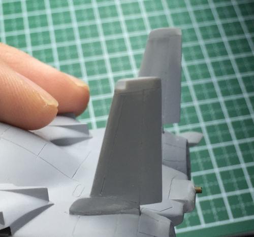F14_02.jpg