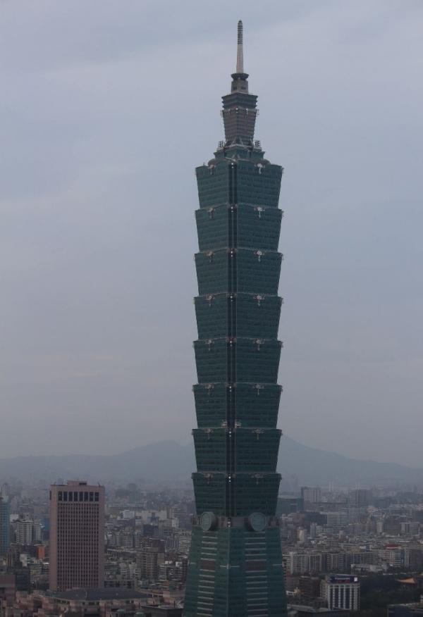 Taipei101Xiangshan_001_org.jpg