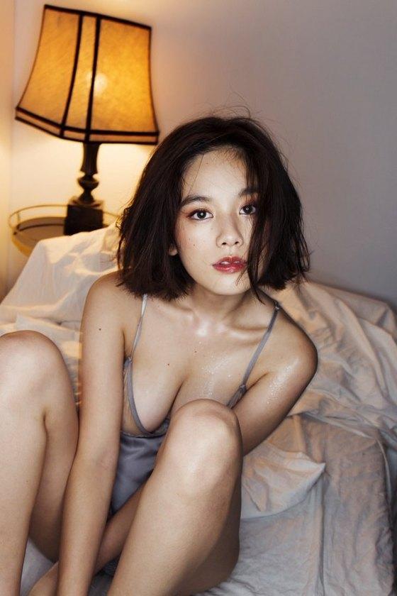 筧美和子 FLASHの写真集先行ノーブラHカップ爆乳 画像25枚 11