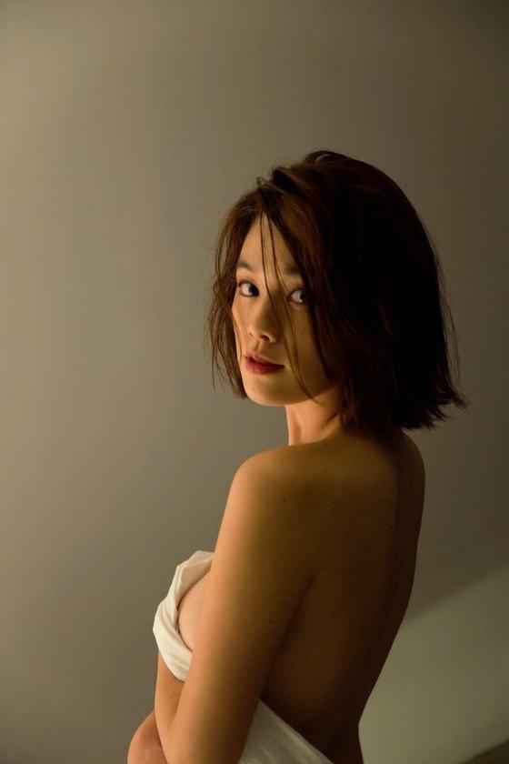 筧美和子 FLASHの写真集先行ノーブラHカップ爆乳 画像25枚 8