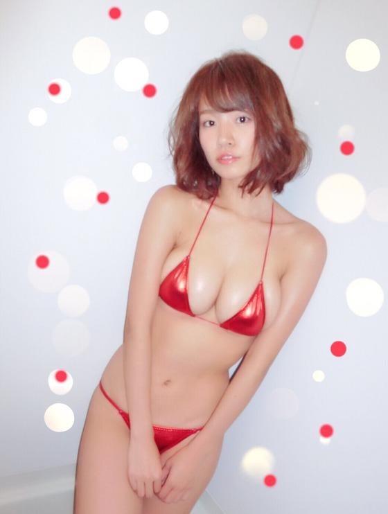 菜乃花 オートレースイベントのIカップ爆乳水着姿 画像31枚 25
