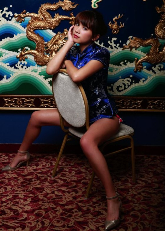 久松郁実 スピリッツのチャイナドレス+水着グラビア 画像27枚 9