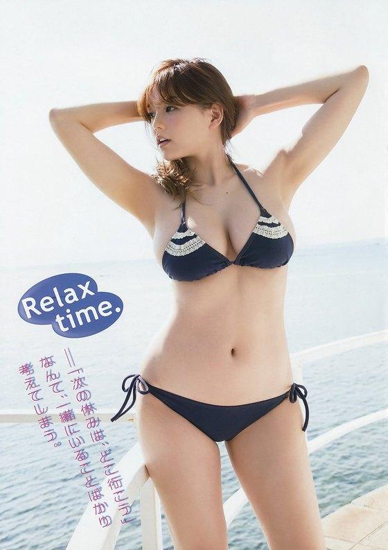 篠崎愛 ヤングチャンピオンの水着姿Gカップ爆乳グラビア 画像28枚 14