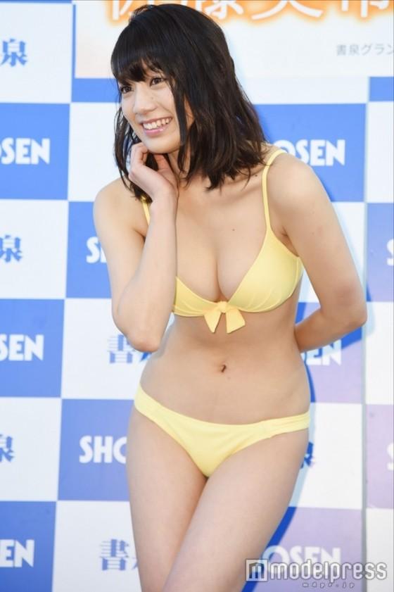 佐藤美希 カレンダー販促イベントの水着姿Fカップ谷間 画像30枚 4