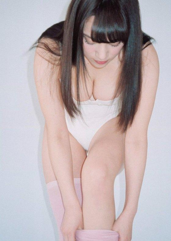 都丸紗也華 週プレの水着姿Fカップ谷間グラビア 画像32枚 20