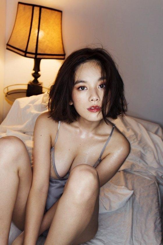 筧美和子 FLASHの写真集未公開Hカップ手ブラ 画像30枚 11