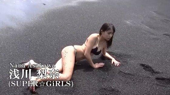 浅川梨奈 ヤンマガのビキニ姿Eカップ巨乳ハミ乳グラビア 画像23枚 9