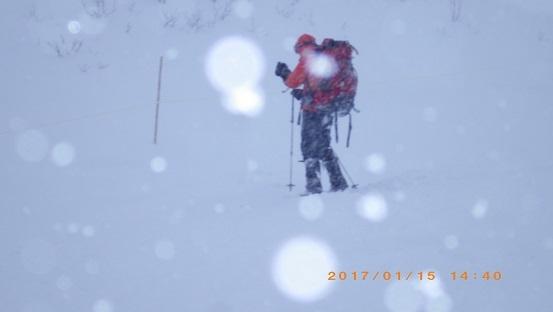 3本雪崩ビーコン 035