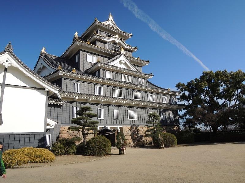 岡山城 烏城と呼ばれています