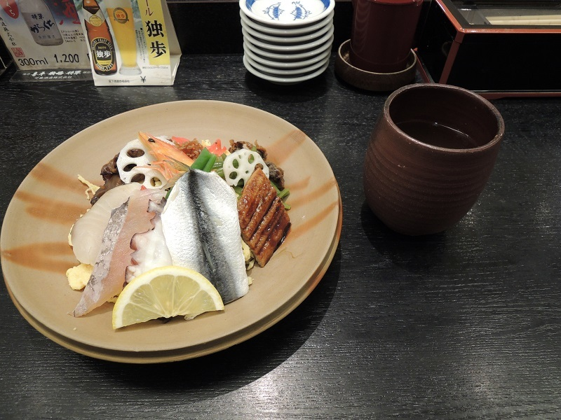 バラ寿司です