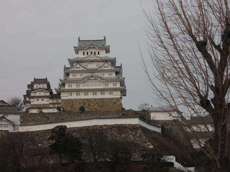 三の丸広場からのお城