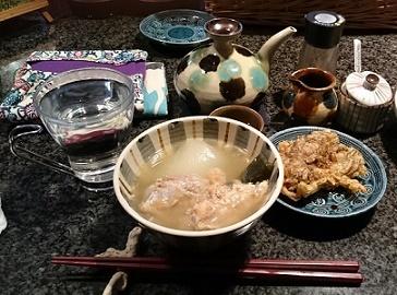 菊の露古酒お湯割り、大根とそーきのお汁