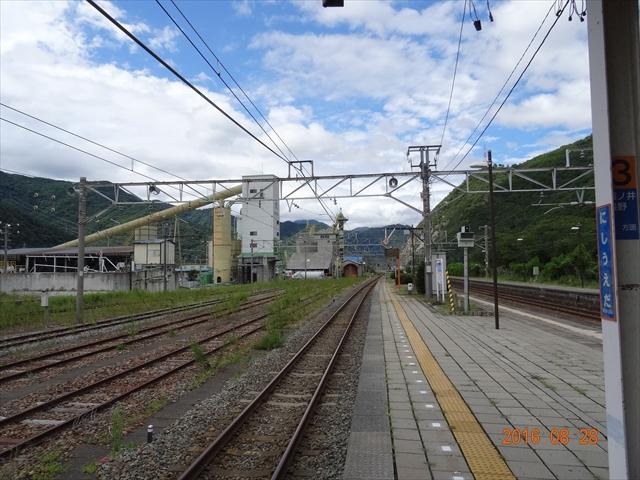 西上田駅 4