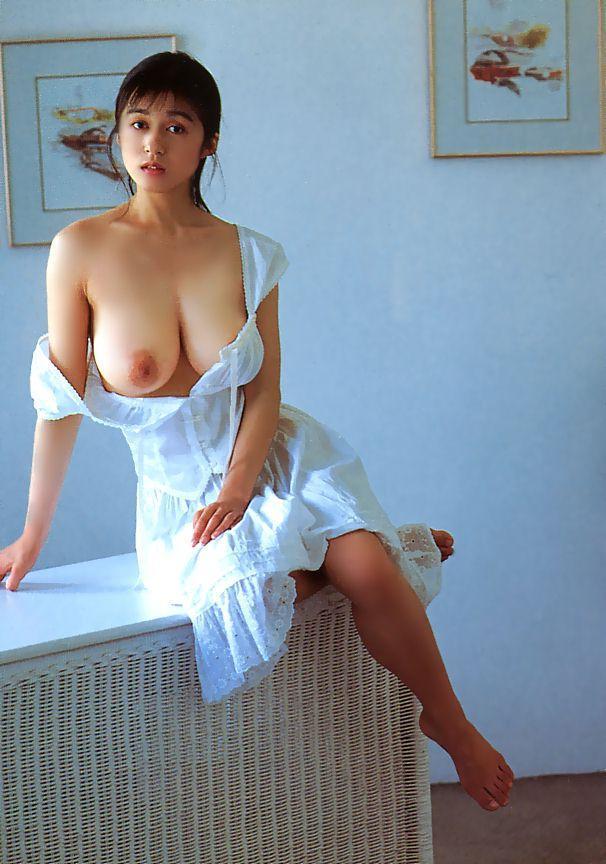 AoyamaChikako05.jpg