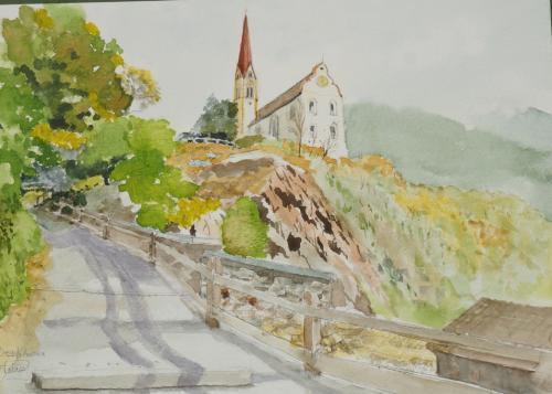 村を見降ろす教会