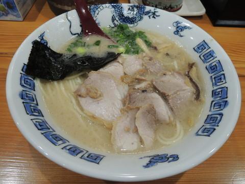 らーめん(600円)