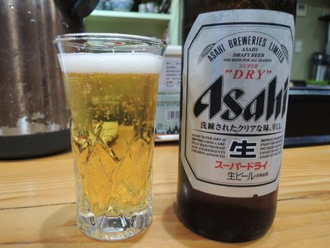 ビール(小)(300円)