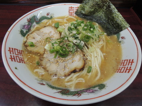 ラーメン(550円)