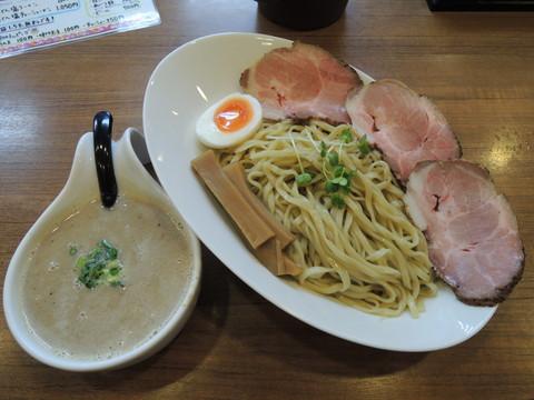 うるとらつけ麺(中)300g(950円)