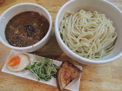 つけ麺KURO(880円)+麺大盛(200円)