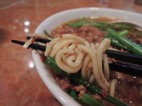 台湾ラーメンの麺