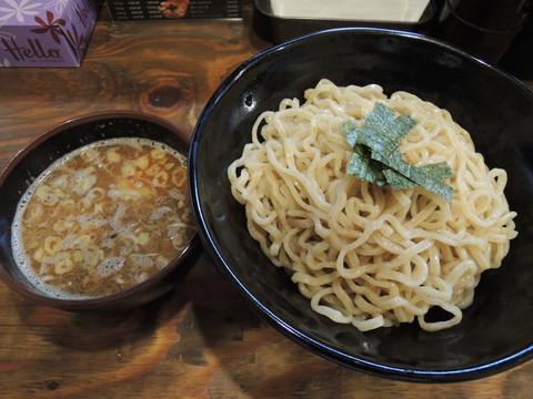 つけ麺(500g)(930円)