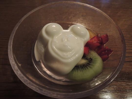 杏仁豆腐(380円)