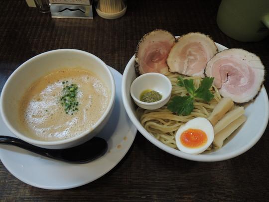 豚CHIKIしょうゆつけ麺(2玉)(900円)