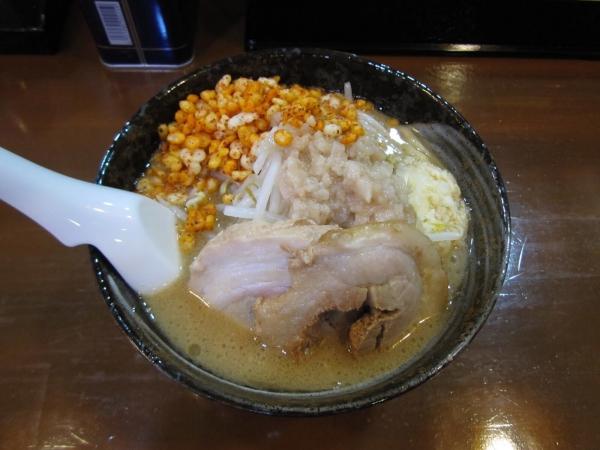 昨日初めて二郎系ラーメンなるものを食べたんやが