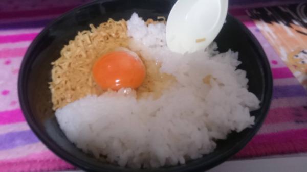 チキンラーメン丼