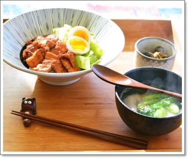 ポークコチュジャン丼