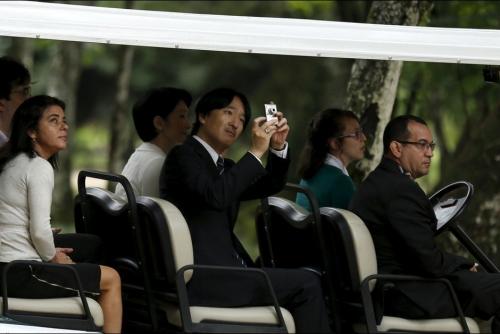 La-princesse-Kiko-et-le-prince-Akishino-du-Japon-au-Jardin-botanique-de-Rio-de-Janeiro-le-7-novembre-2015 (3)