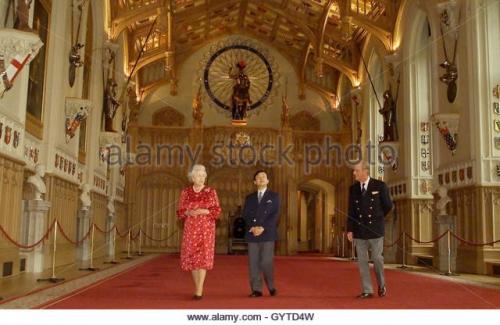 britains-queen-elizabeth-ii-walks-with-the-crown-prince-naruhito-of-gytd4w.jpg