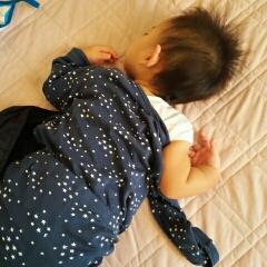 赤ちゃん 寝相