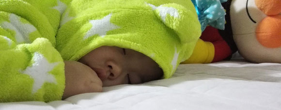 赤ちゃん 寝顔 子育て