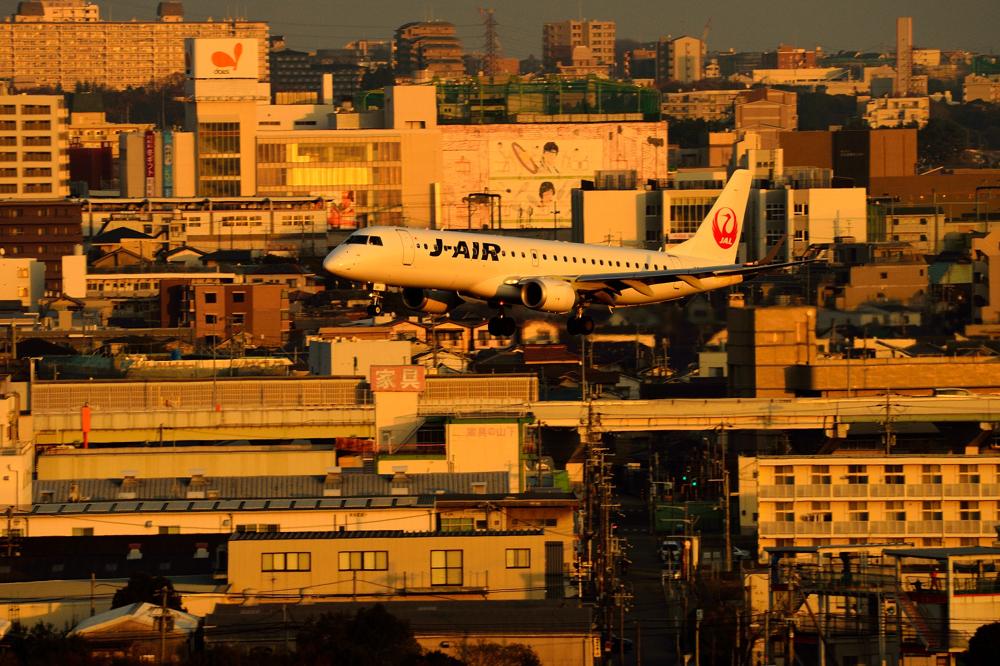 J-AIR.jpg