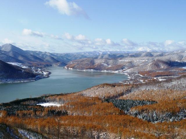 かなやま湖(全景)