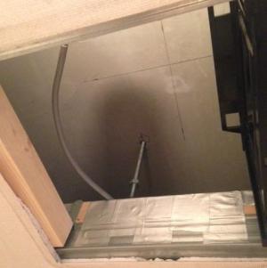 天井裏を初めて見た