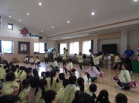 20161212 発表会の練習 (ポンポン)